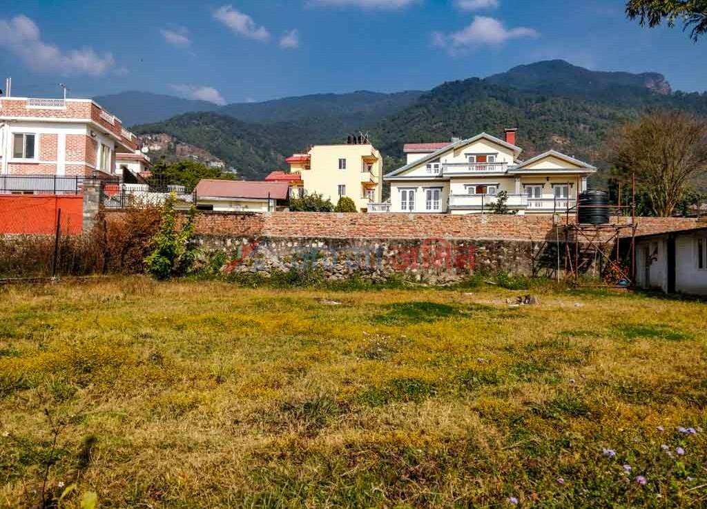 buy land in deuba chowk