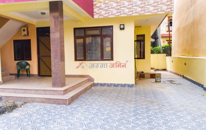 house near ganeshthan